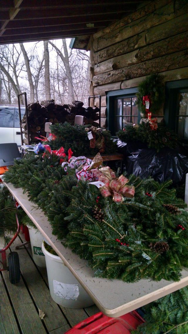 cabin-wreaths